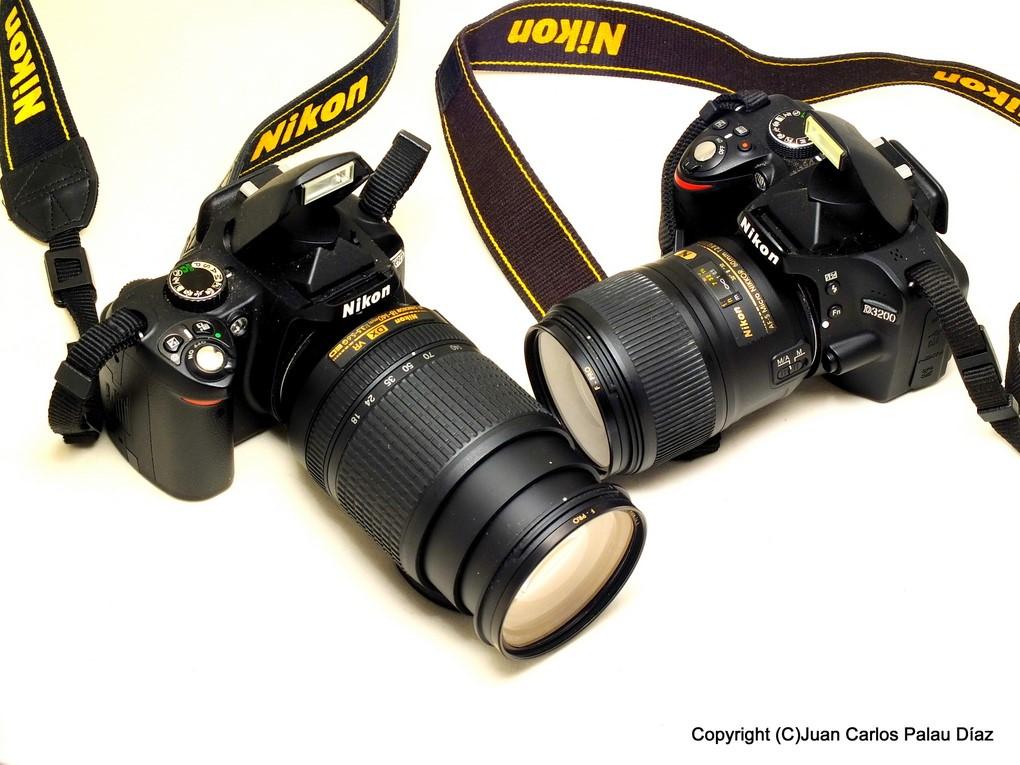 Réflex Digitales, una Nikon d3200 y una D5300.