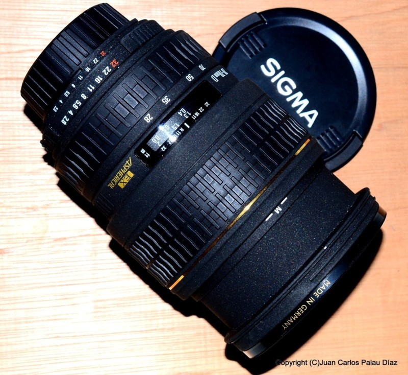 Objetivo zoom 28-70 Sigma EX