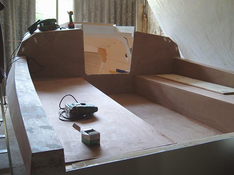 Construir velero. Cubierta popa