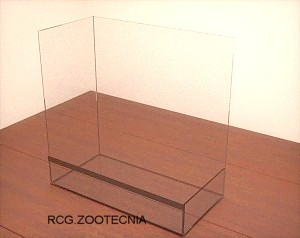 Terrario semimallado, estructura vidrio
