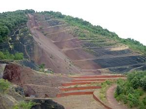 Volcán Croscat, antigua cantera